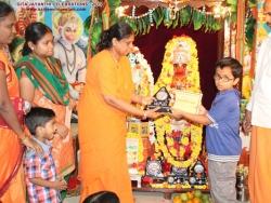 gita-jayanthi-celebrations-2013-010