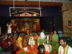 Gummi Pradakshina, vetti valapu song (6)