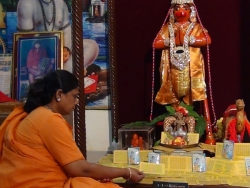 irumudi-ceremony-16-2-2014-006