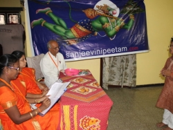 hanuman-chalisa-competition-at-velacherry-centre-27-7-2014-13