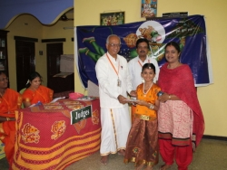 hanuman-chalisa-competition-at-velacherry-centre-27-7-2014-8
